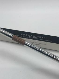 Marc Jacobs BROW WOW Defining Longwear Eyebrow Pencil 02 Tau